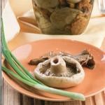 Грибы на столе, блюда из грибов