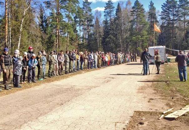 26 апреля поисково-спасательный отряд «Лиза Алерт» провёл масштабные учения на территории сельского поселения Никольское Одинцовского района, вблизи аэродрома в посёлке Новый городок.